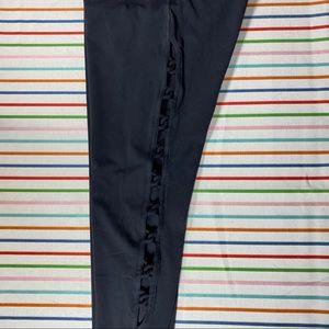 Athleta size Medium Shiva 7/8 tights in Black